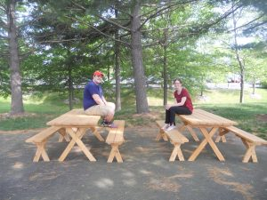 picnicbenches